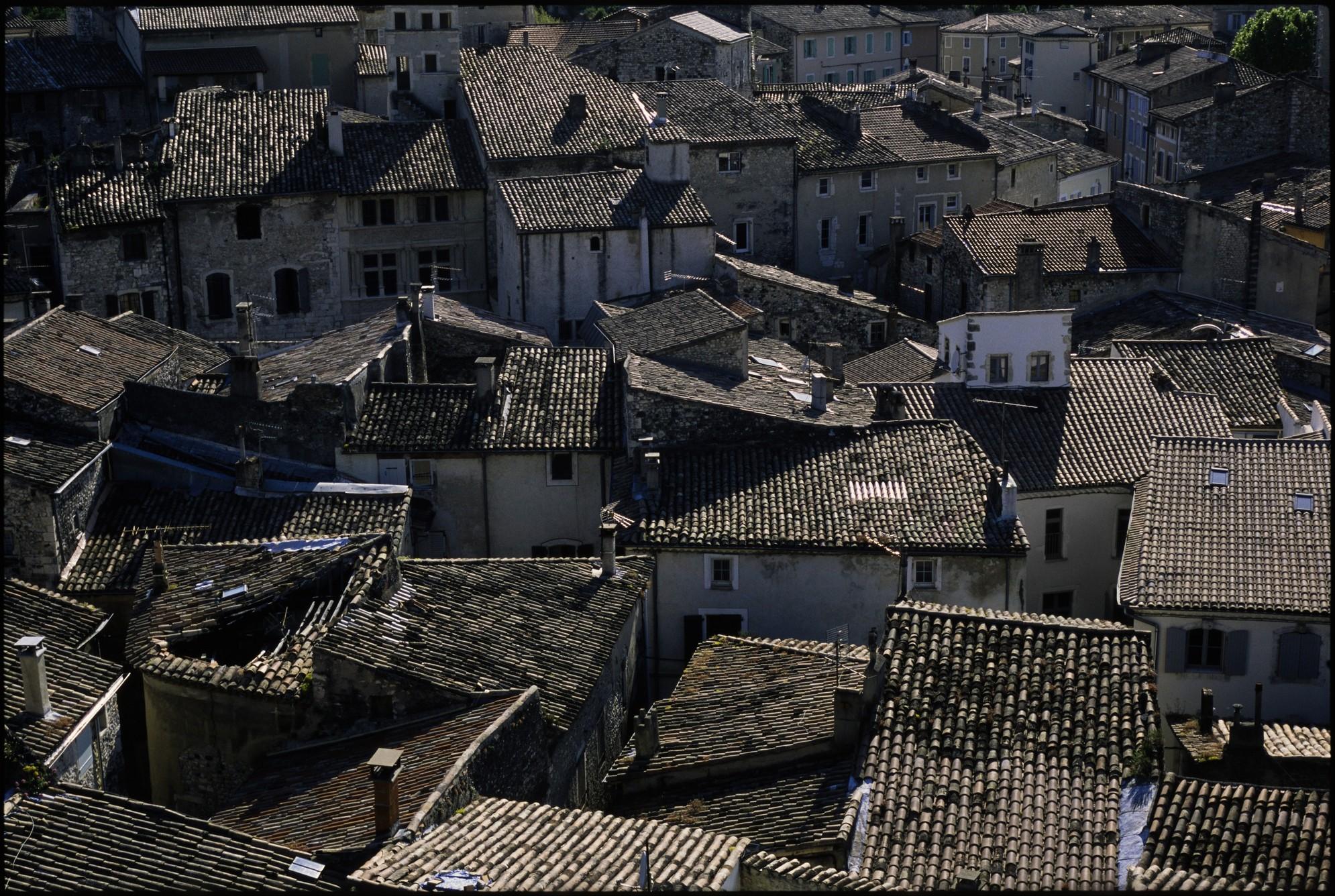 Frankreich - Gassen und Dächer