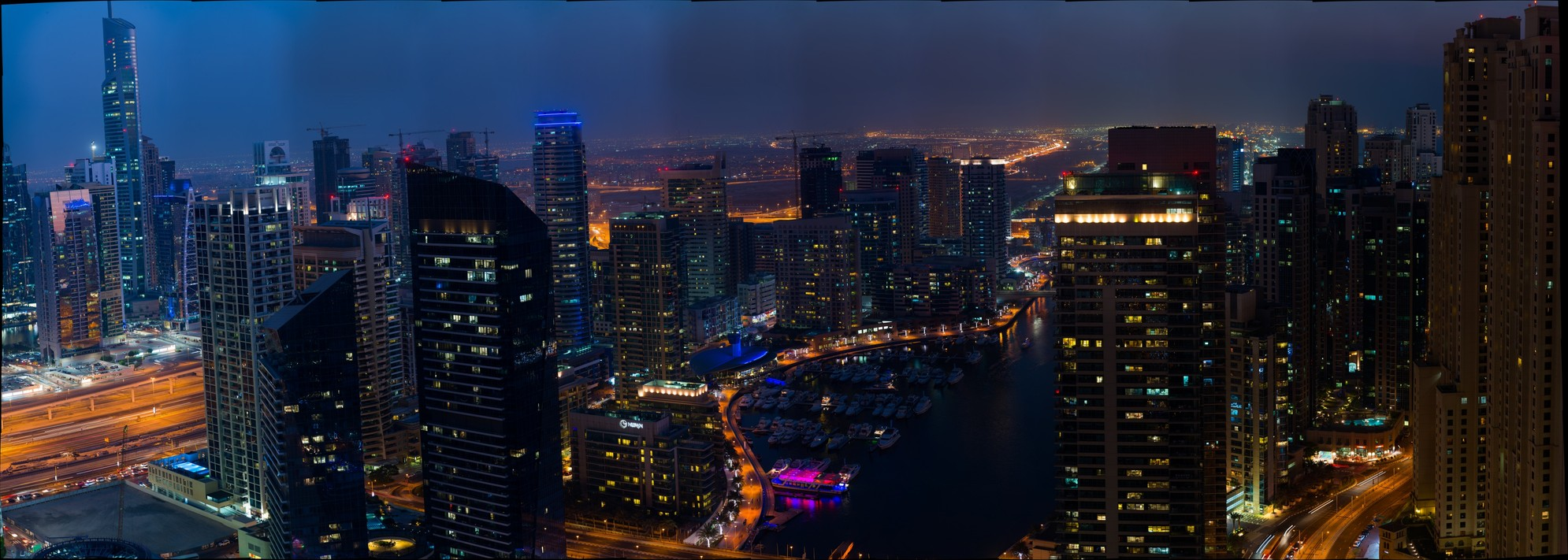 Dubai Marina Gigapixel