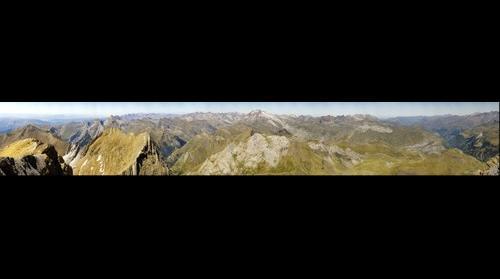 Panorámica desde la cima del Taillón hacia el Oeste