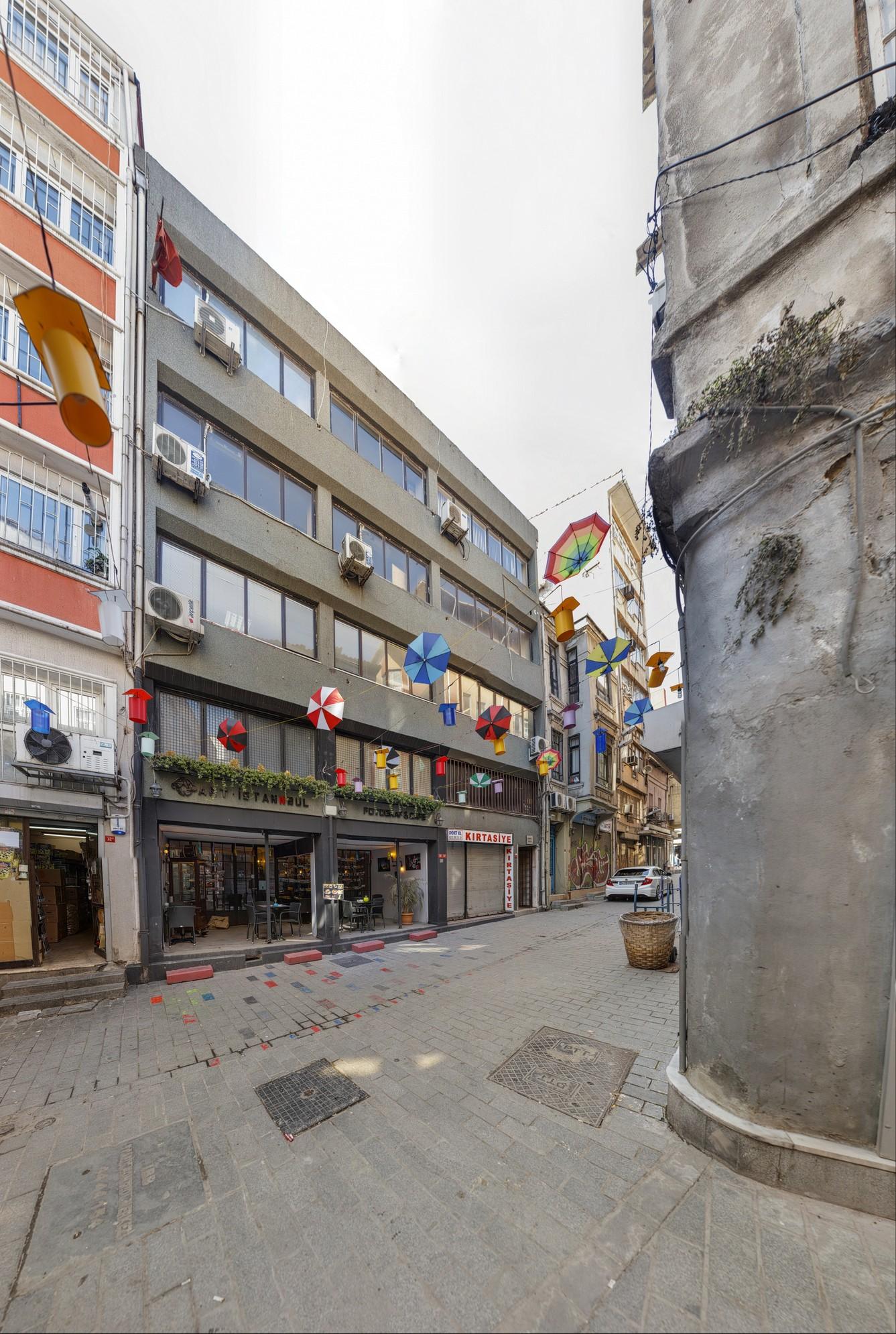Art Istanbul Fotoğraf & Cafe