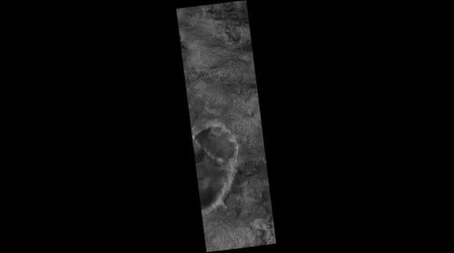 Mars Reconnaissance Orbiter HiRISE PSP_006857_2005