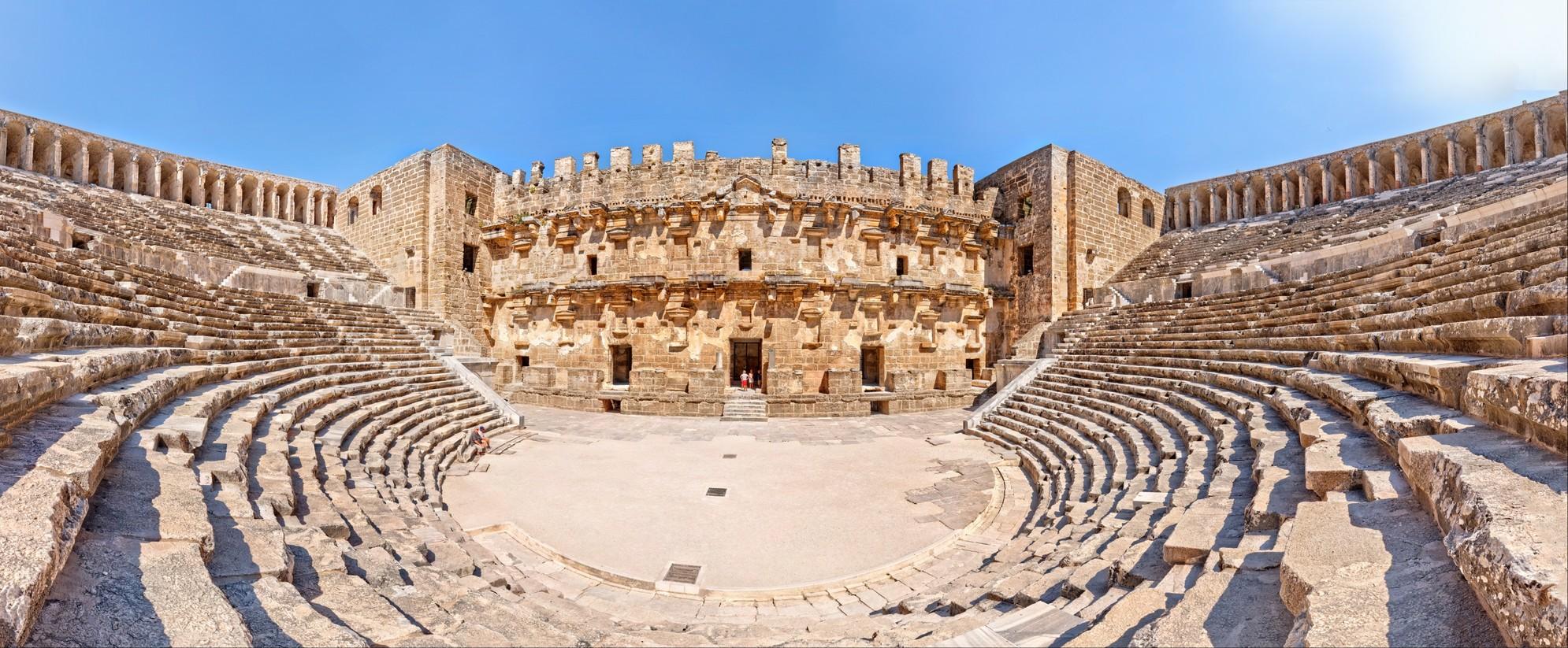 Aspendos Antik Tiyatro HDR panorama