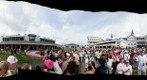 Kentucky Oaks 2009 - Paddock Area