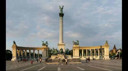 Budapest, Heroes Square (Hosok Tere)