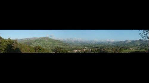Vista del valle de Vega y Saro