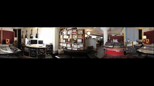 Wilco : The Loft : Console