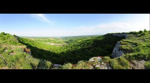 Vue Panoramique de la route de Orches sur la Bourgogne