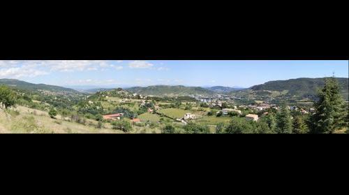 Vue de Privas - Ardèche- depuis les champs de la Barèze (Veyras)
