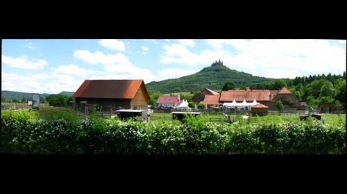 Burg Hohenzollern mit Hofgut