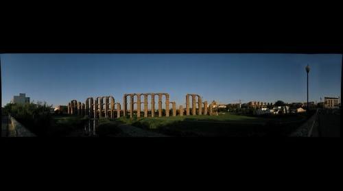 Acueducto romano de los Milagros en Merida