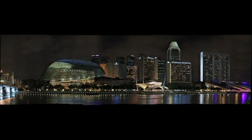 Night Scene @ Esplanade Theatres on the Bay