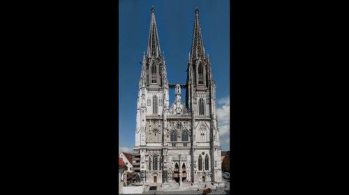 world`s largest picture of the cathedral