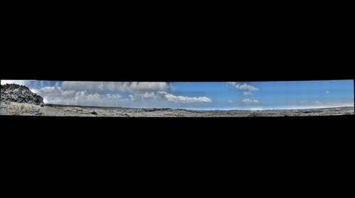 Mauna_Ulu_1974_lava_channel