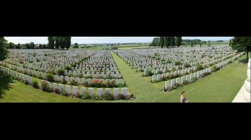 Tyne cot commonwealth cemetery