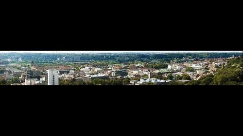 Kaunas_is Prisikelimo_baznyc_overcontrasted