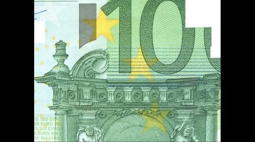 Close-up 100 euros