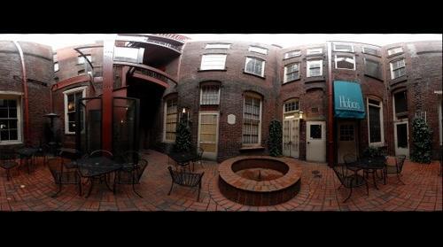 Naito Merchant Hotel Courtyard
