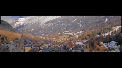 Val Cenis encore plein de neige fin mars 08