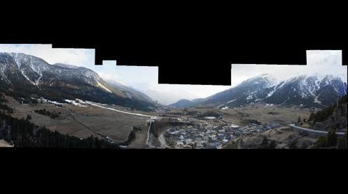 Termignon la Vanoise vue de dessus et la Dent Parrachée a droite.
