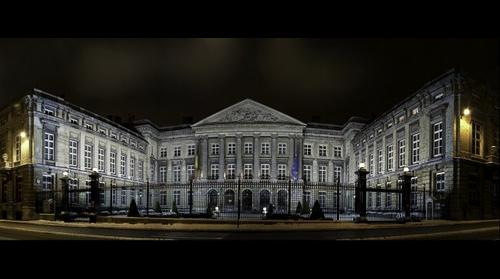 NIGHT & SNOW - BELGIAN PARLIAMENT - PARLEMENT BELGE