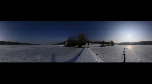 Winterpanorama: Stausee Oberwald (artificial lake)