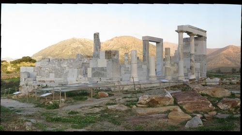Naos_Dimitras_Naxos