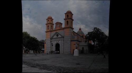 Iglesia de San Francísco de Asís  en una tarde muy nublada.