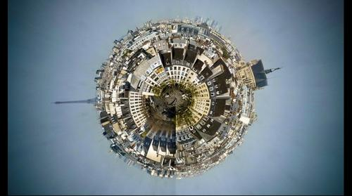 PLANET  BEAUBOURG PARIS