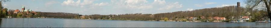 Ratzeburg: Weiter Blick vom Königsdamm über den Ratzeburger Domsee (180 Grad)