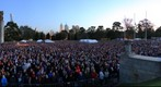 ANZAC Day Dawn Service Crowd at the Melbourne Shrine of Remembrance [Full Size], Apr 25, 2010 (6:26 to 6:30am)