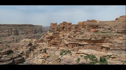 Rock-dwelling in Bukre area high on the rocks part 2 - Yemen