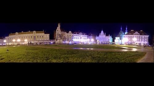 Unirii Square by Night