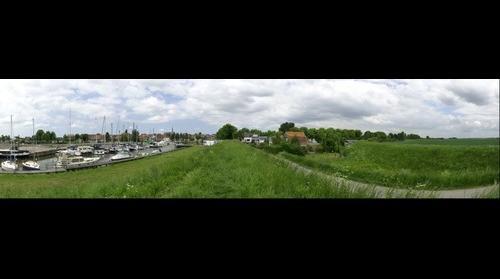 Oude-Tonge haven vanaf de Heerendijk