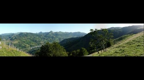 Vallée de la Cère et Puy Griou dans le Cantal