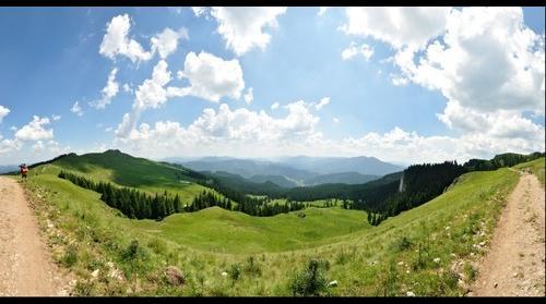 Saua Ciobanilor, Towards Campulung Moldovenesc via Limpedea