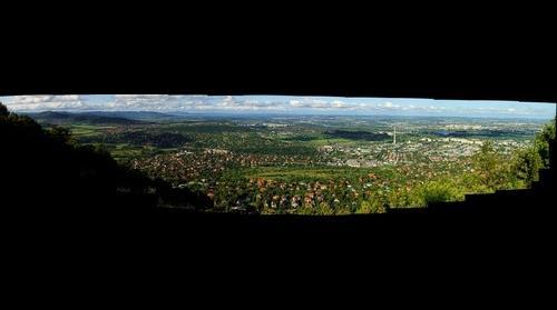 Kilátás a Hármashatár-hegyről
