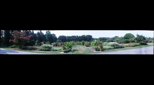 whereRU: Rutgers Gardens From Road