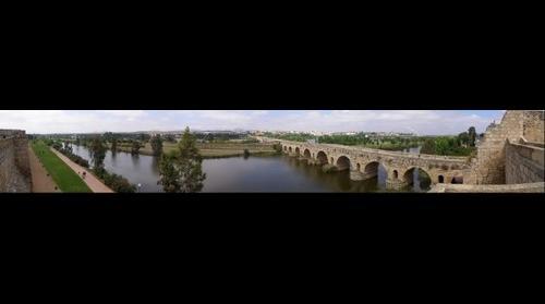 Merida - Puente Romano desde Alcazaba