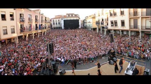 Macrogamba en Astorga - Tonterias las Justas