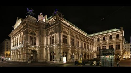 Operahouse @night, Vienna, Austria