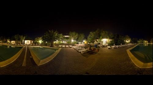 vdf - piscina by night