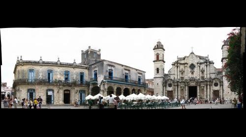 Plaza de la Catedral - Havana