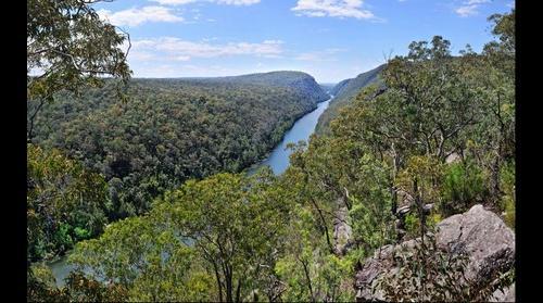 Nepean Gorge near Warragamba, NSW, Australia