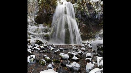 Spirit Falls in the snow, Cottage Grove, Oregon