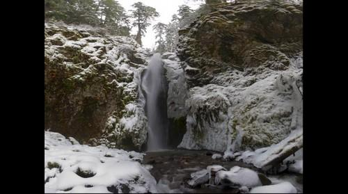 Pinard Falls covered in icicles