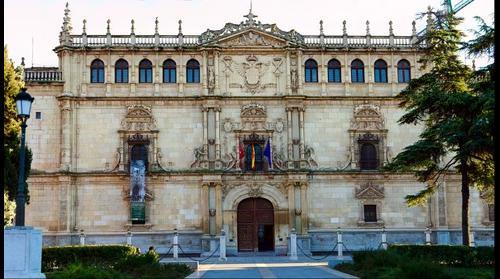 Fachada de la Universidad de Alcala