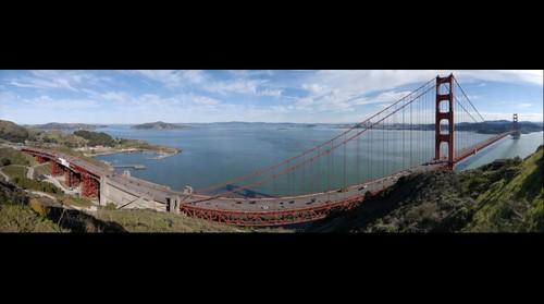Golden Gate Bridge from nearest Hillside