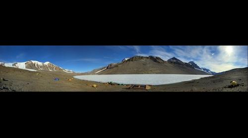 Lake Bonney camp, Antarctica (in HDR)