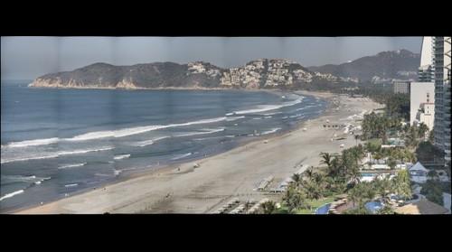 Acapulco Revolcadero desde el piso 14