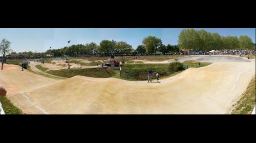 3eme et 4eme manche de coupe de France de BMX a Mours